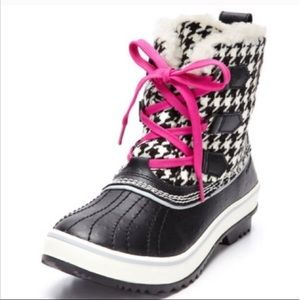 Sorel Pink And Black Houndstooth Winter Snow Boots
